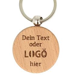 Schlüsselanhänger aus Holz mit Gravur